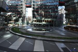 berlin sony center brunnen